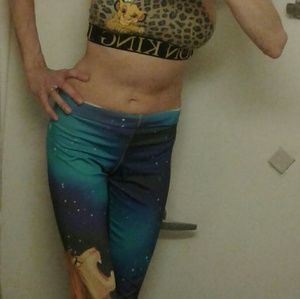 Other - Xsmall lion king sports bra and l.k leggings